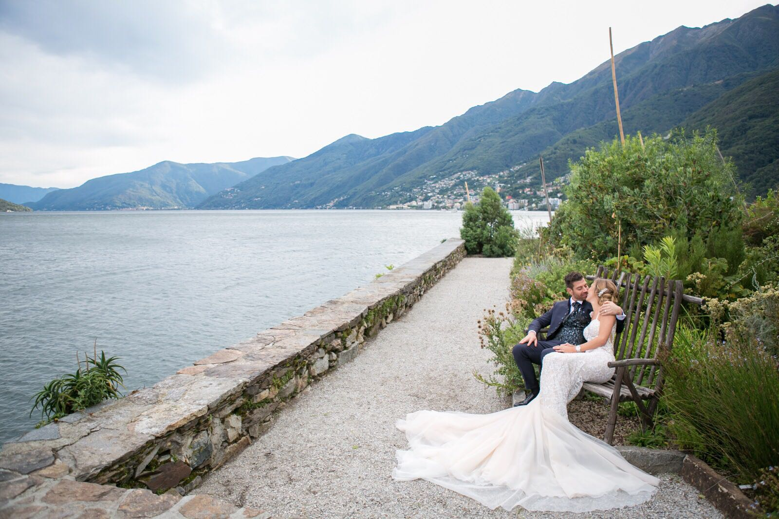 Matrimonio Lago Toscana : Matrimonio sul lago real wedding ivan jennin