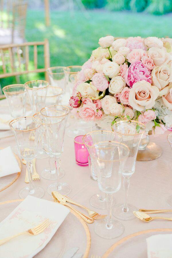 Come organizzare un matrimonio nei toni del Rosa e dell'Oro